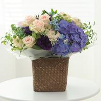 리바이벌장미 & 푸른수국flower
