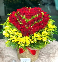 장미100송이와 계절꽃